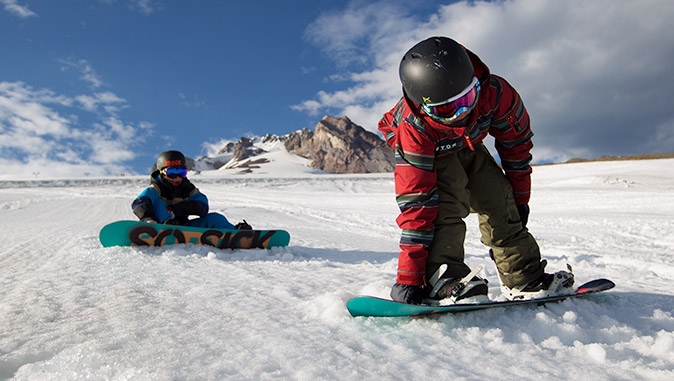 Snowboard equipment for children